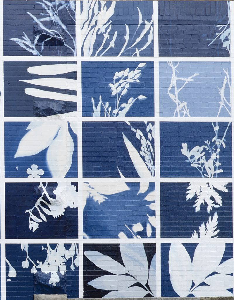 blue and white mural (detail)
